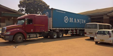 Container in Zomba angekommen